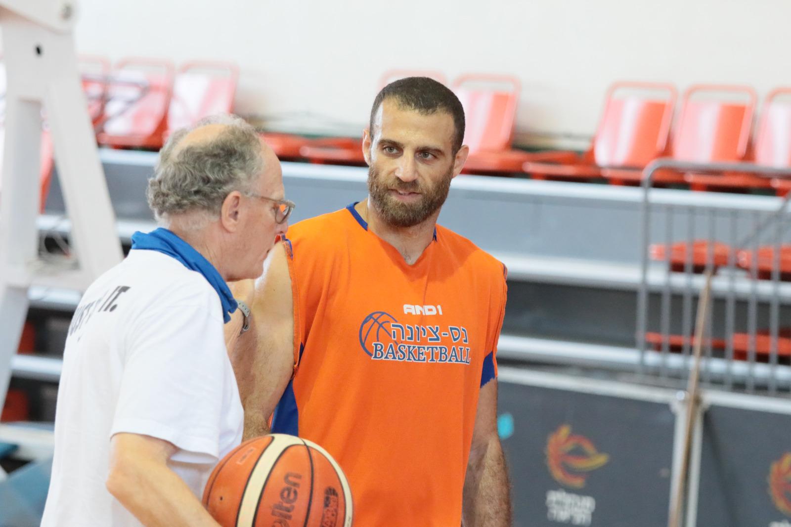 """בראד גרינברג: """"מקווים להמשיך את המומנטום החיובי ממשחק האימון נגד מכבי חיפה"""""""